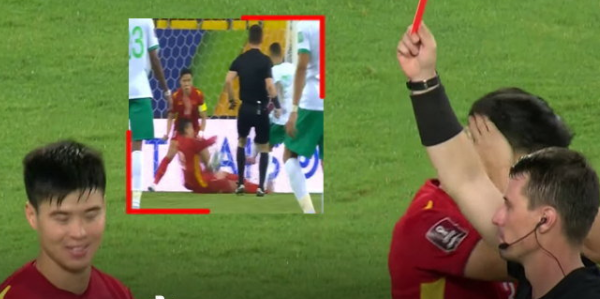 Vietnam fans are shocked to see penalty, red card